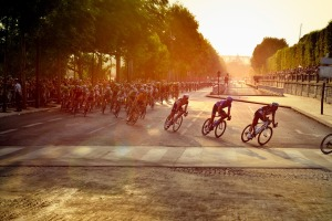 cyclists-601591_1280
