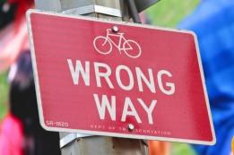 wrong-way-429723_1280